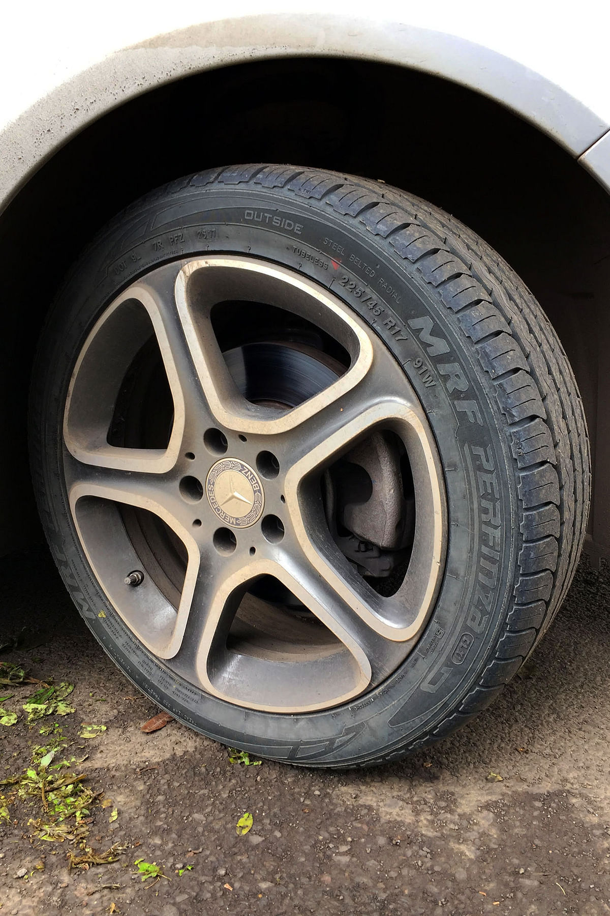 We tested the Perfinza rubber on the highways in heavy monsoon conditions