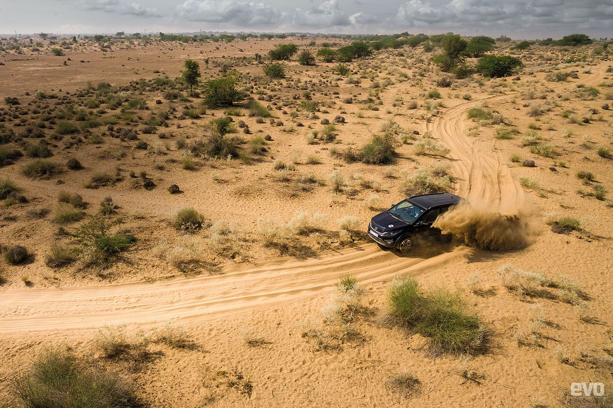 Hexapade: Driving the Tata Hexa through the deserts of Bikaner