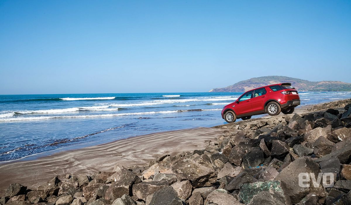 Ready to Discover: The Land Rover Discovery Sport goes to Shrivardhan beach