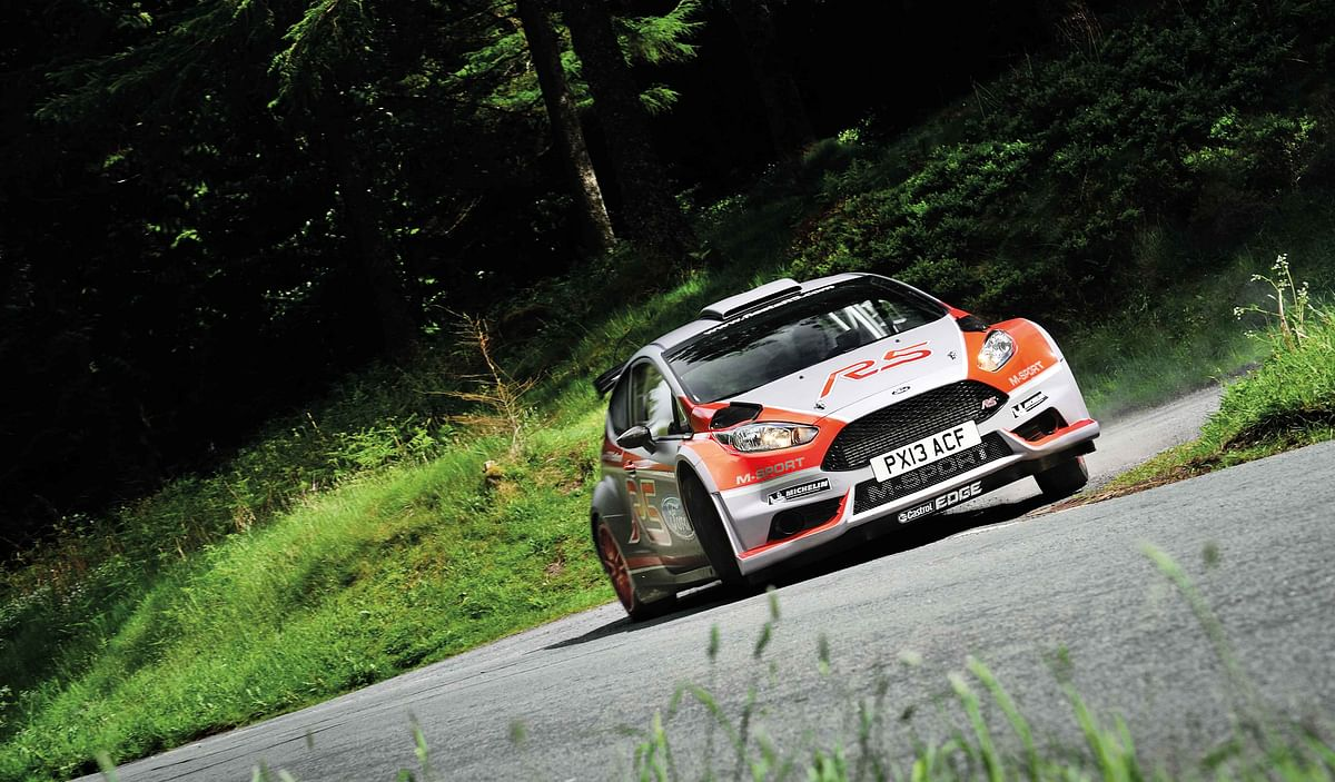 What does Gaurav Gill's WRC2 Ford Fiesta R5 rally car feel like to drive?