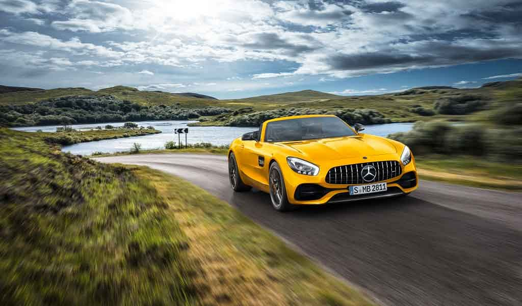 Mercedes unveils the new open-top AMG GT S Roadster