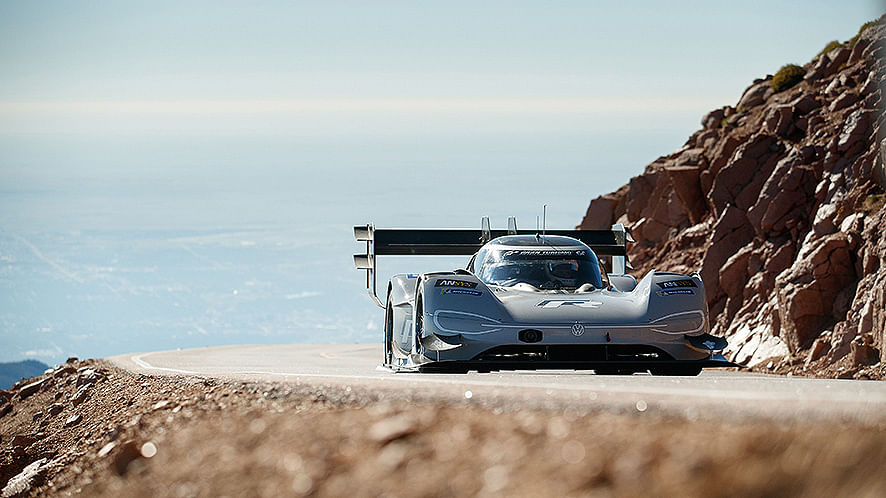 Volkswagen Motorsport sets new record at Pikes Peak with the I.D. R