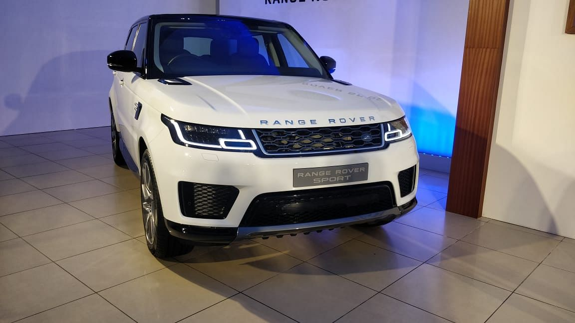 Land Rover launches 2018 Range Rover and Range Rover Sport in India