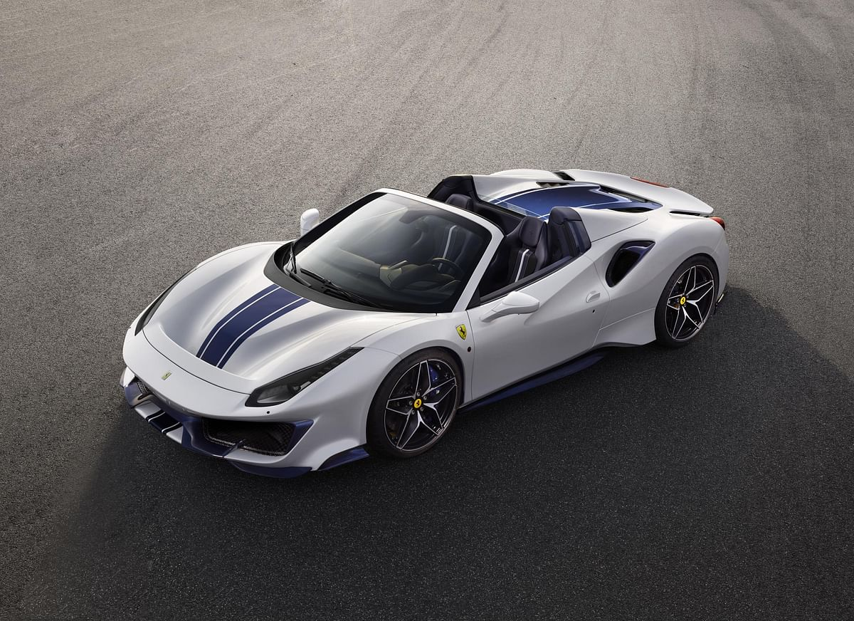 Ferrari 488 Pista Spider unveiled at Concours d'Elegance, Pebble Beach