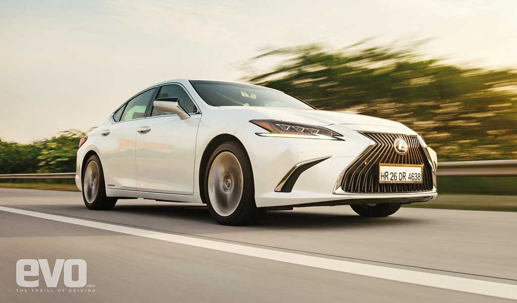 Test Drive Review: Lexus ES 300h – Can it rattle the 5 Series, A6, E-Class and S90?
