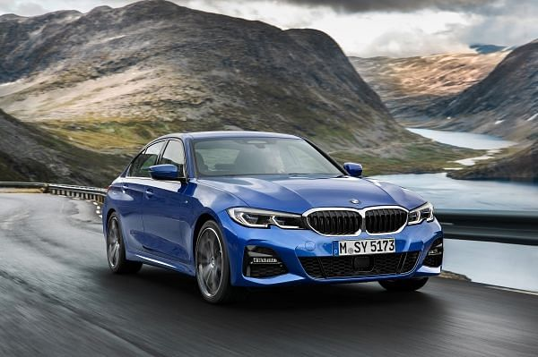 BMW reveals seventh generation 3 Series sedan at the Paris Motor Show
