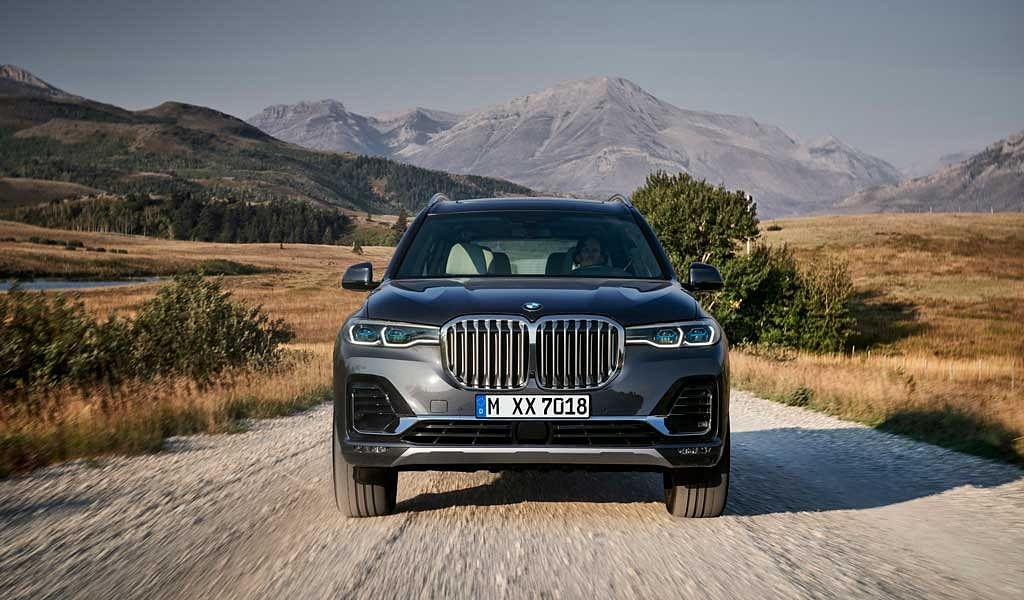 BMW X7 revealed – new flagship SUV for BMW