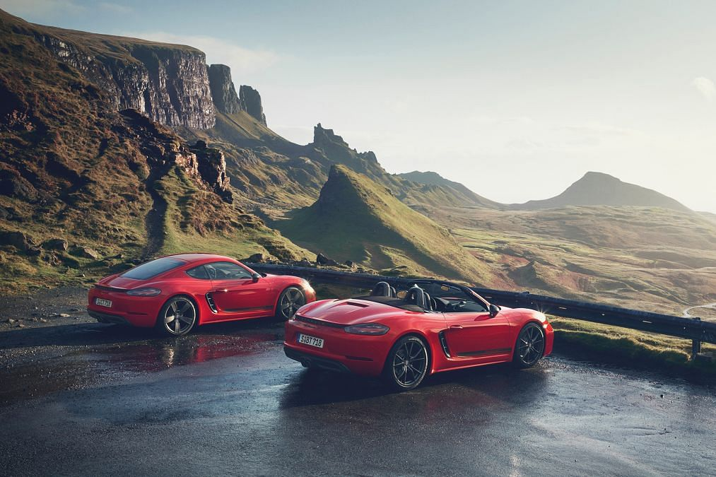 Porsche has revealed new 718 Cayman T and Boxster T