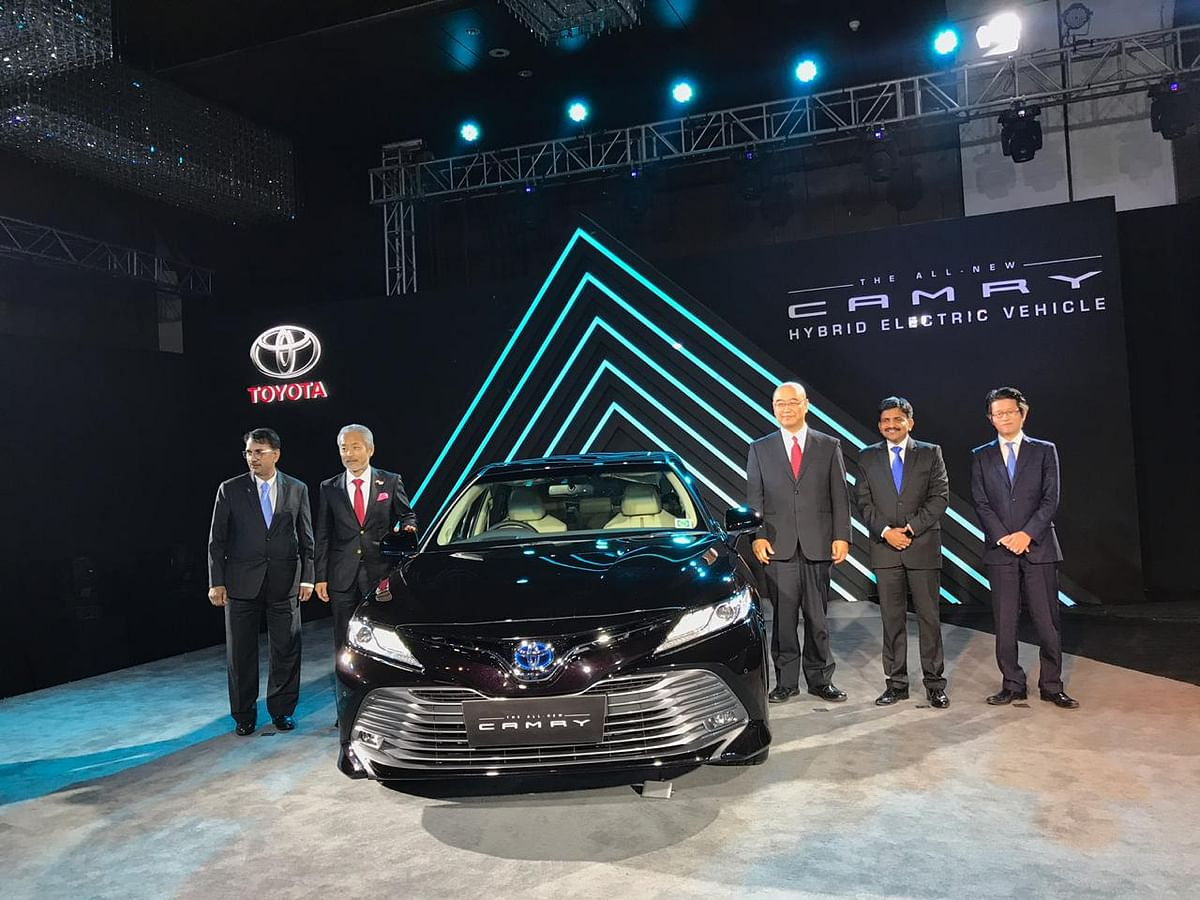 Toyota launches the new 2019 Camry Hybrid in India