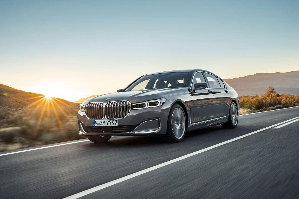 BMW unveils 2019 7 Series
