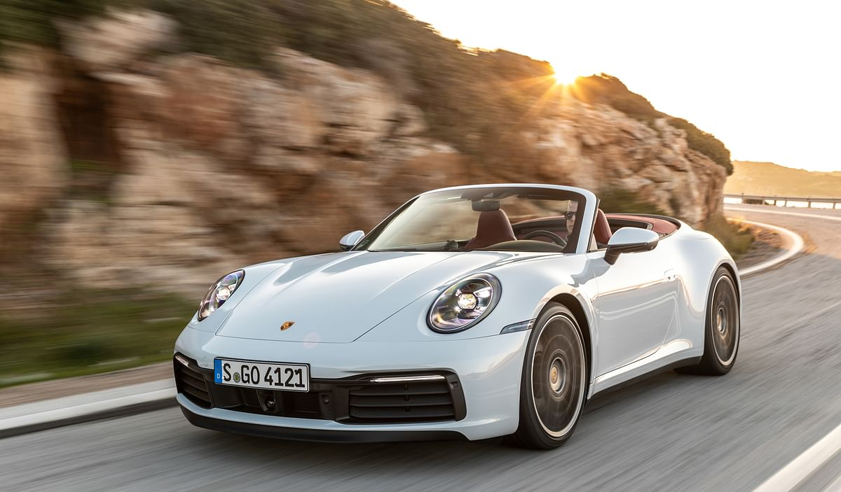 Porsche unveils 992-gen 911 Carrera and 911 Carrera Cabriolet