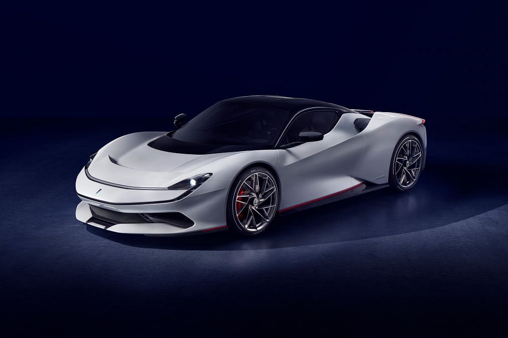 Automotibili Pininfarina Battista revealed at Geneva