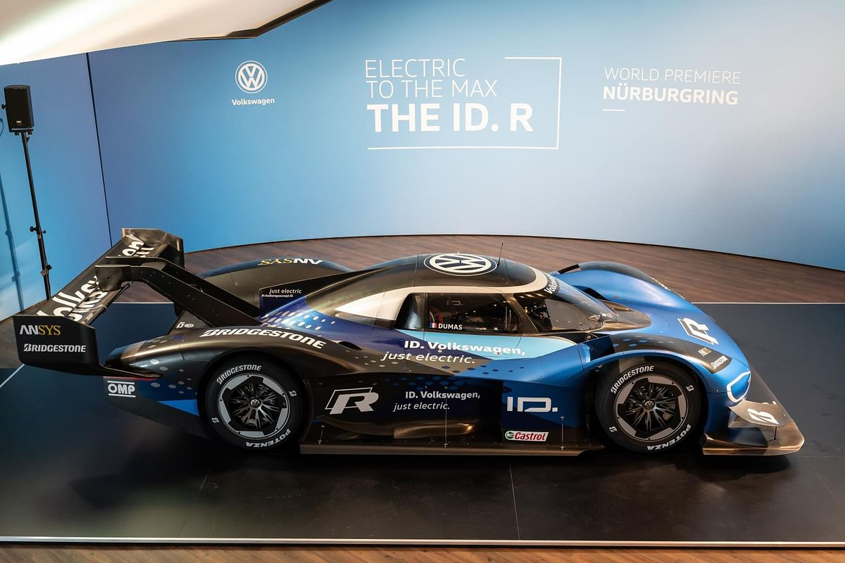 Motorsport with electric drive: Double World premiere for the new Volkswagen ID.R