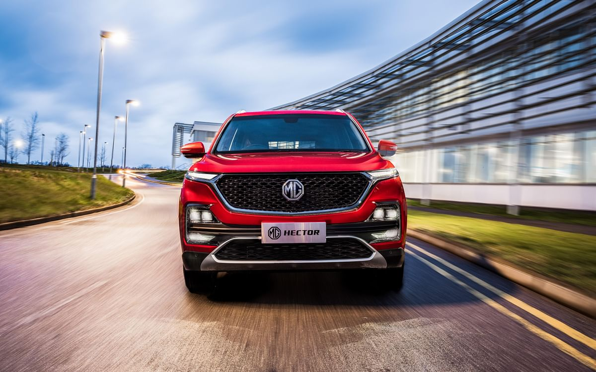 MG Hector images and connectivity features revealed