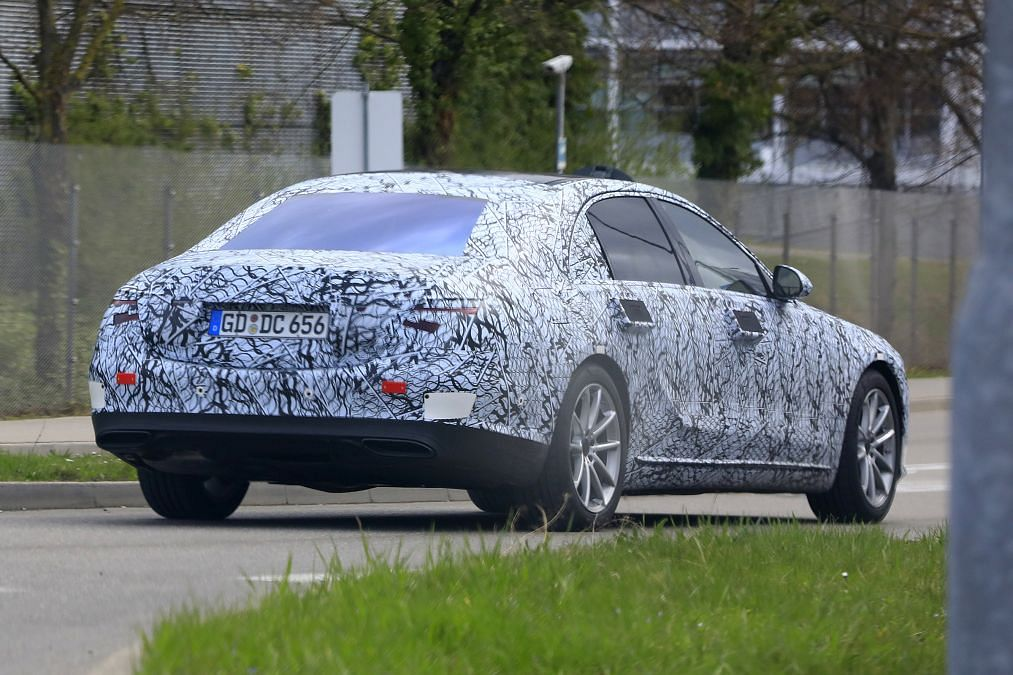 New Mercedes S-class spied – flagship saloon to foreshow Merc's tech future