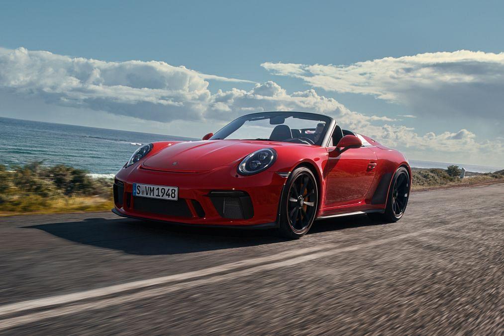 2019 Porsche 911 Speedster unveiled in New York