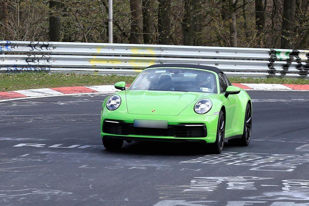 Porsche 911 Targa spied – 911's third body style is back