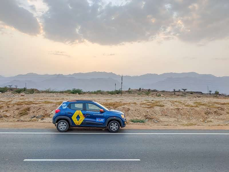 Day 2: Renault India Diamond Trail – Traversing Rajasthan – Great roads, not-so-great weather and the Kwid soldiers on