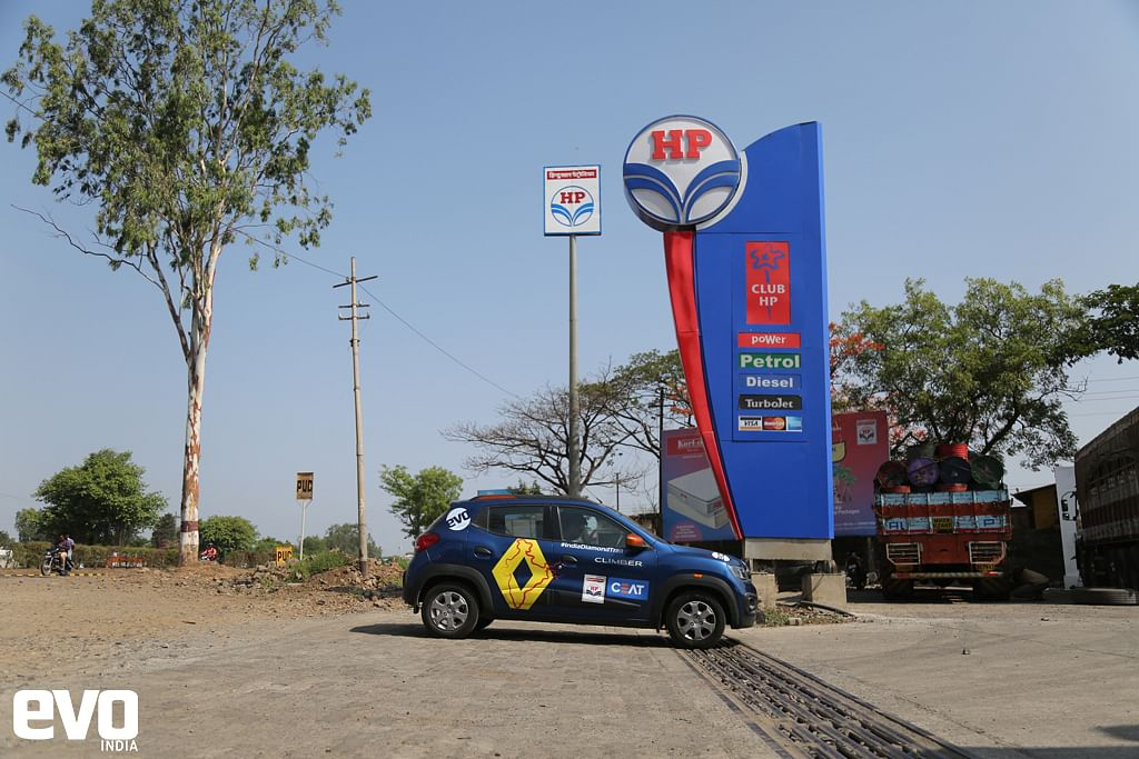 Refueling at the HP fuelstation