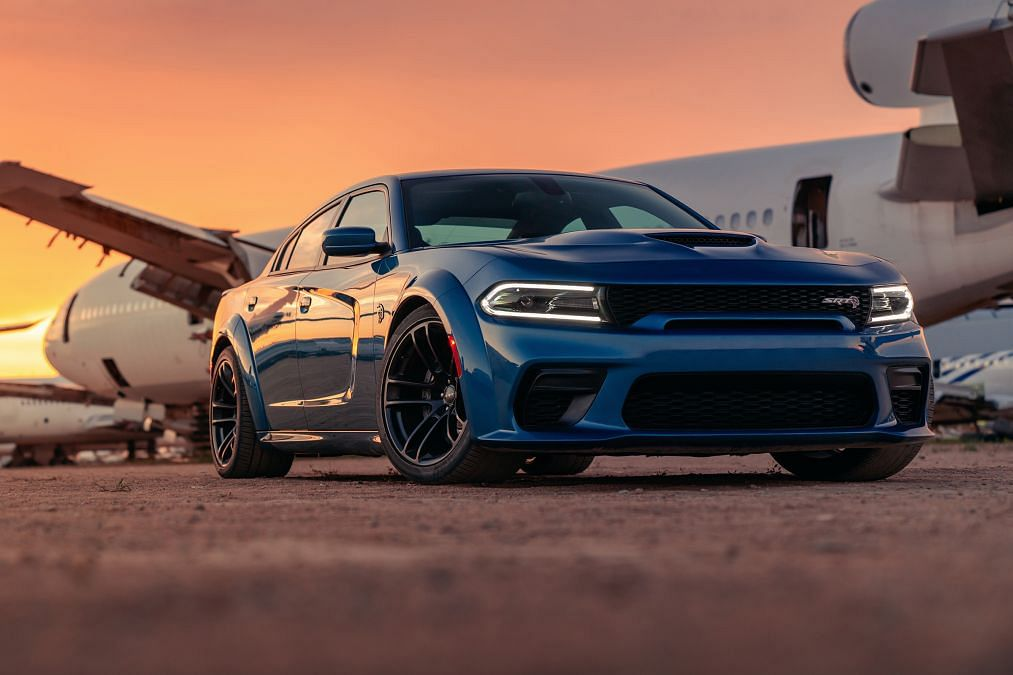 697bhp Dodge Charger SRT Hellcat Widebody revealed