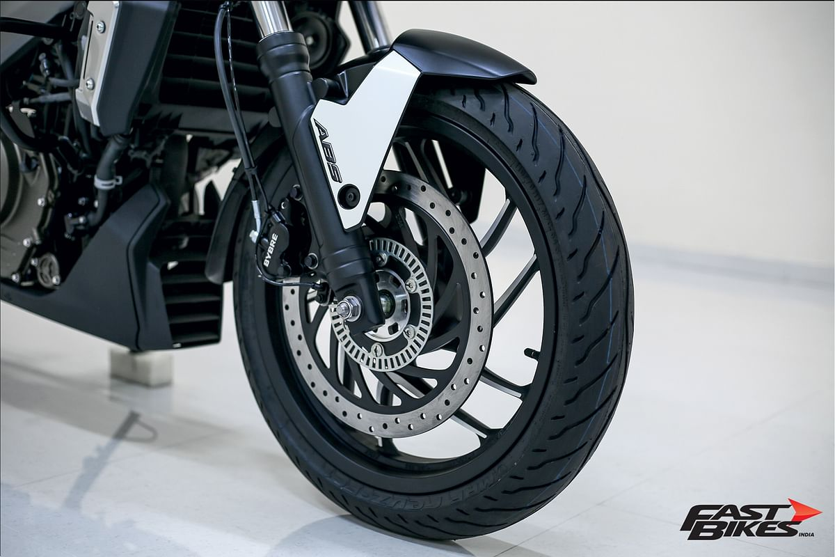 World Exclusive: Up close and personal with the Bajaj Dominar 400