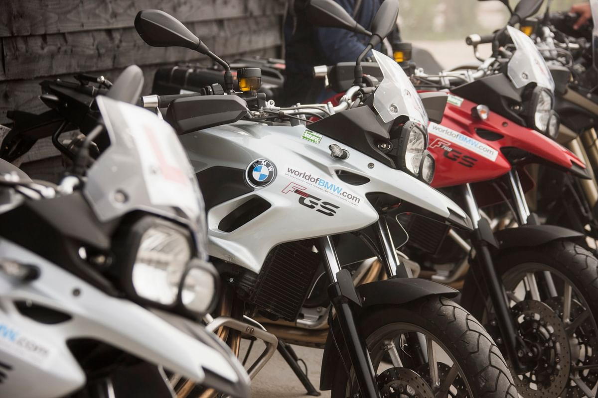 Navroze's blog- Attitudes of auto salesmen at bike showrooms