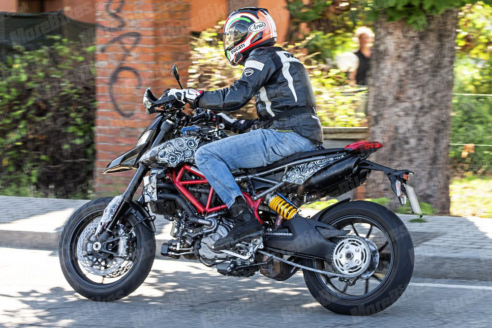 2019 Ducati Hypermotard spotted testing in Europe