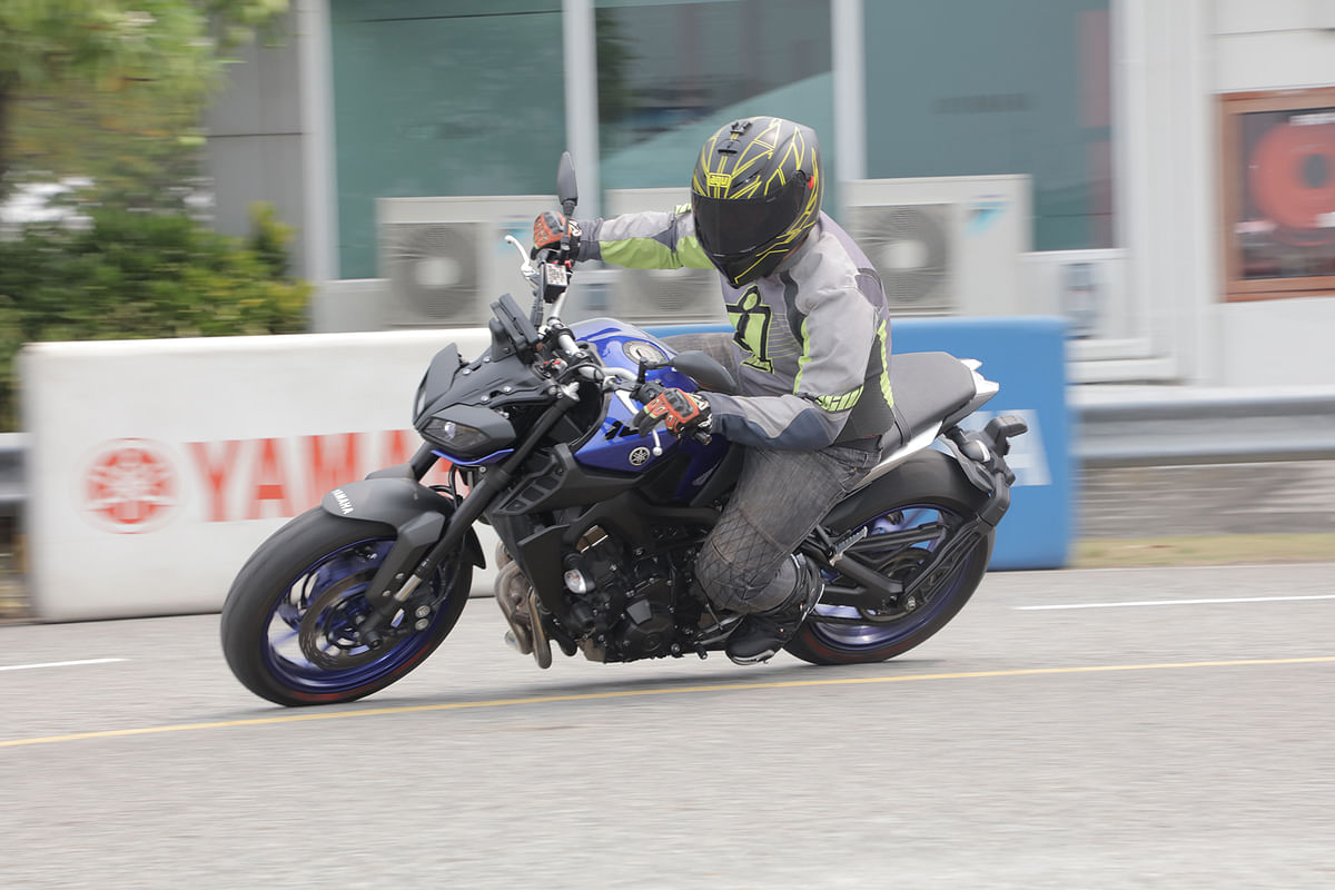 2017 Yamaha MT-09 First Impressions