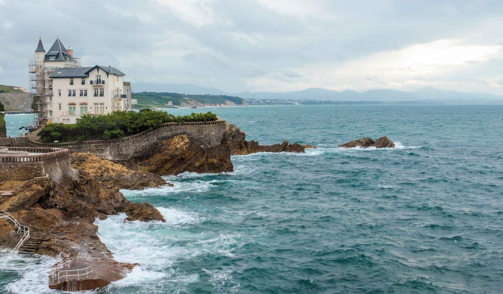 Riding the coastal roads along the French shores of Biarritz