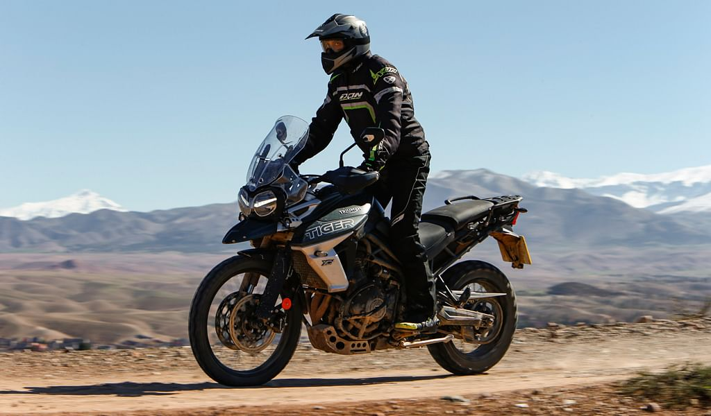 Reviewed: 2018 Triumph Tiger 800 XCa and XRt