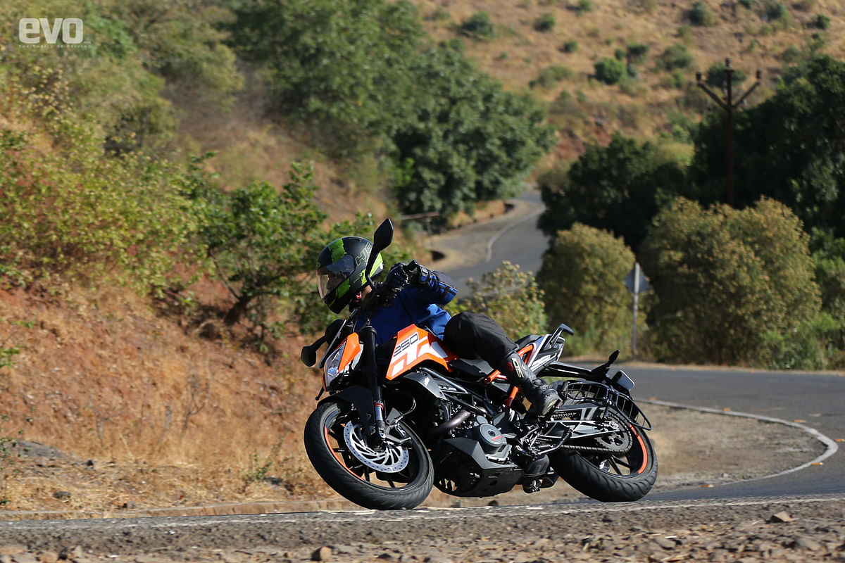 KTM 250 Duke Review