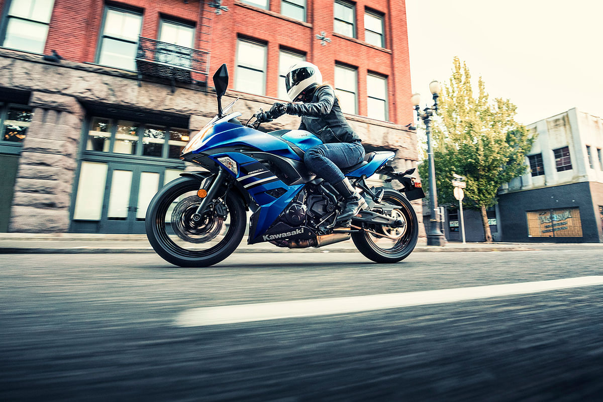 Kawasaki Ninja 650 ABS introduced in blue colour