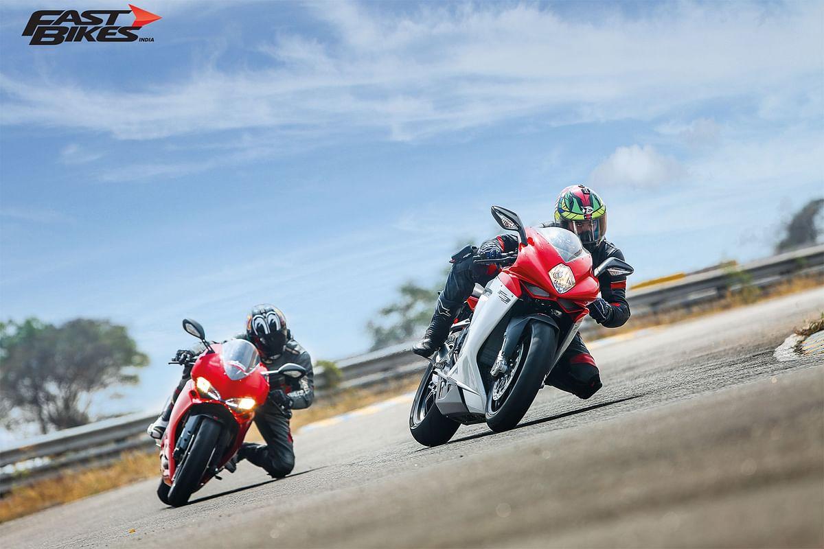 Ciao Belle: Ducati 959 Panigale v MV Agusta F3 800