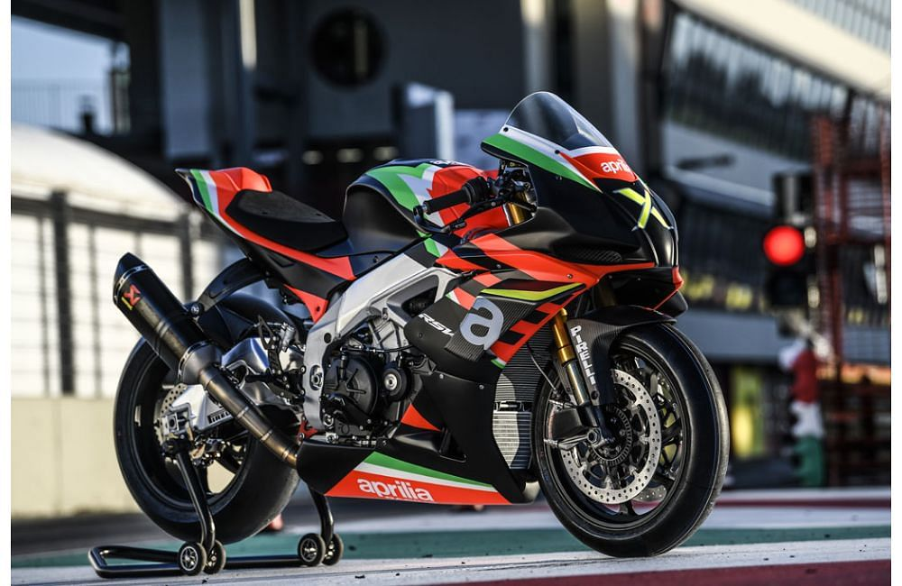 Aprilia unveils the super-exclusive, track-only  RSV4 X
