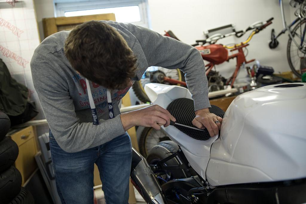 Track Bike Builder part 2: Taking Control