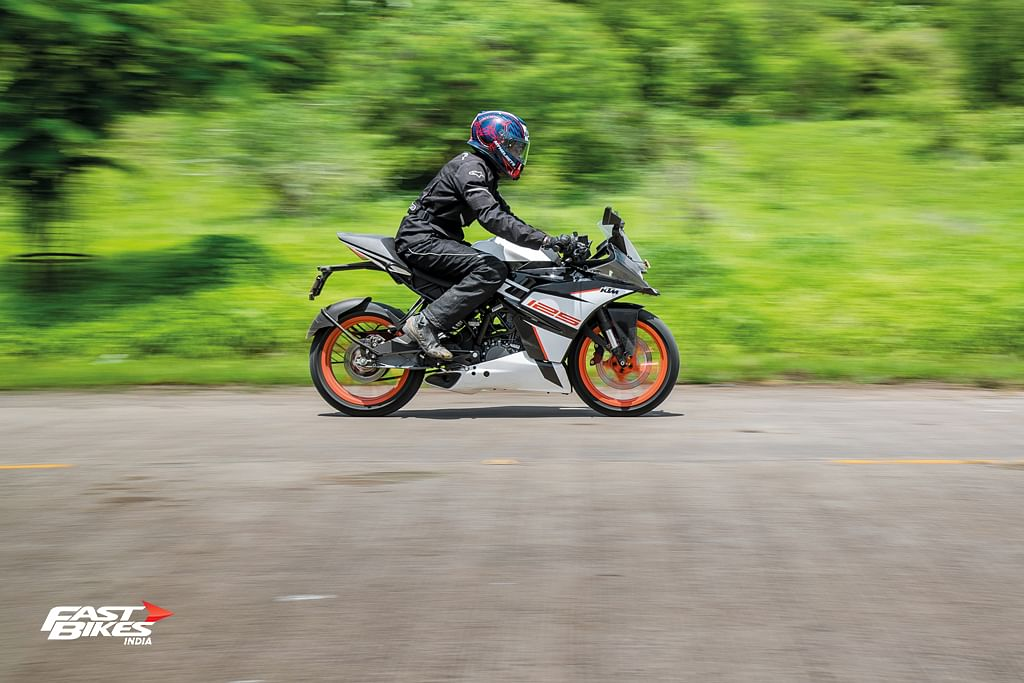 Ktm Rc125 Abs First Ride Review