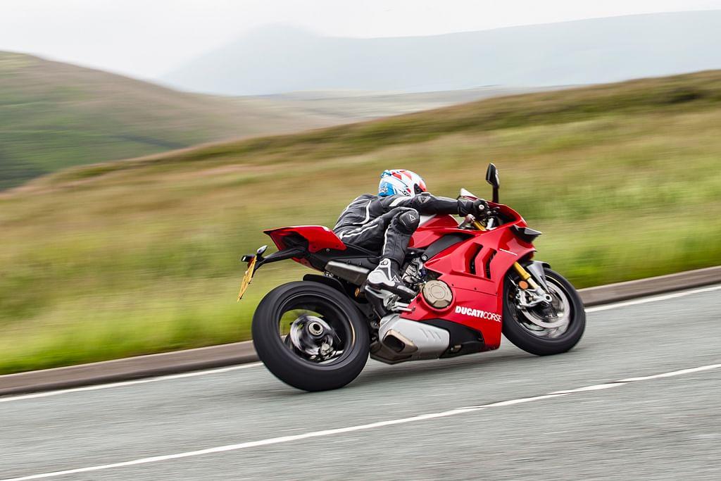 Ducati 999 Pair 999R Domino Road Monochrome Grips Black 999S