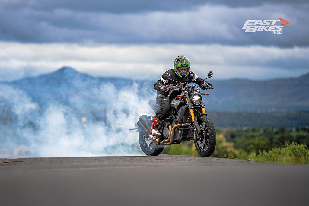 Indian Scout Bobber Sixty riding