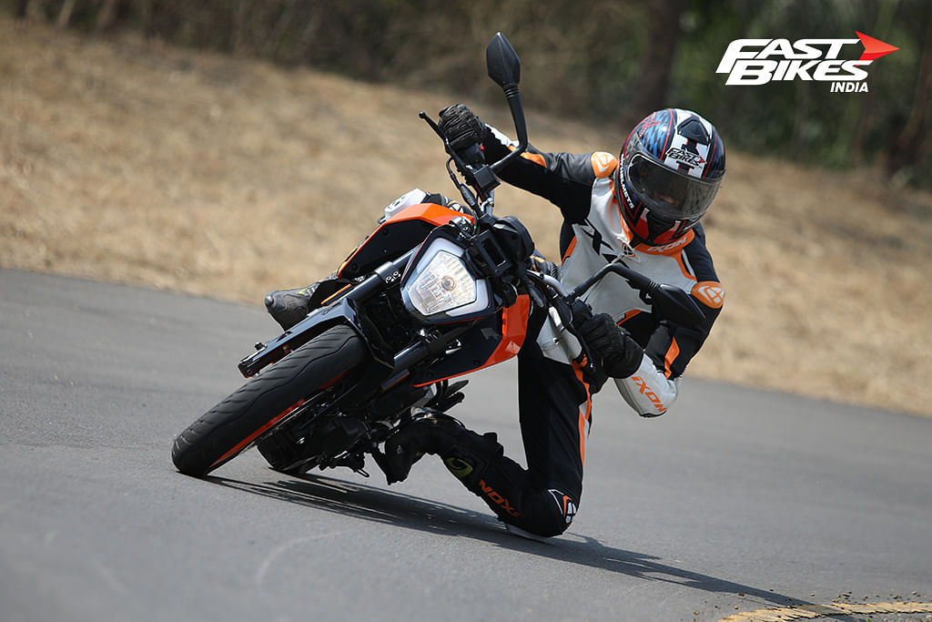 The 2020 KTM 200 Duke is stable in corners