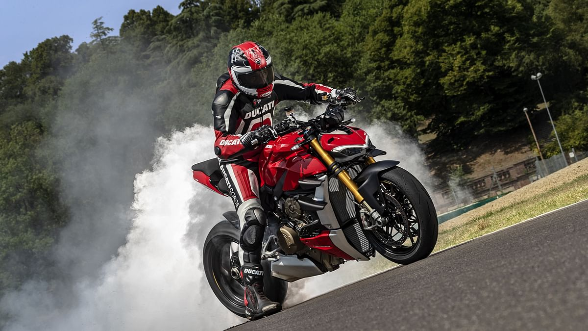 All you want to know about Ducati Streetfighter V4