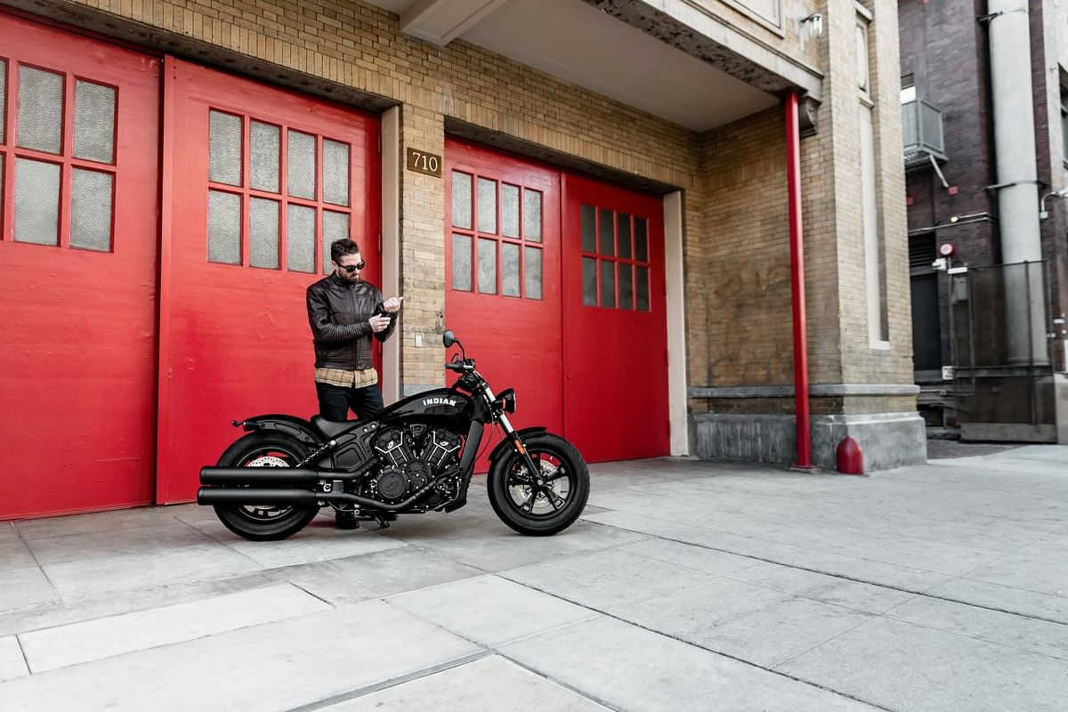 Indian Scout Bobber Sixty side