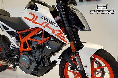 Evotech performance accessories for the KTM 390 Duke