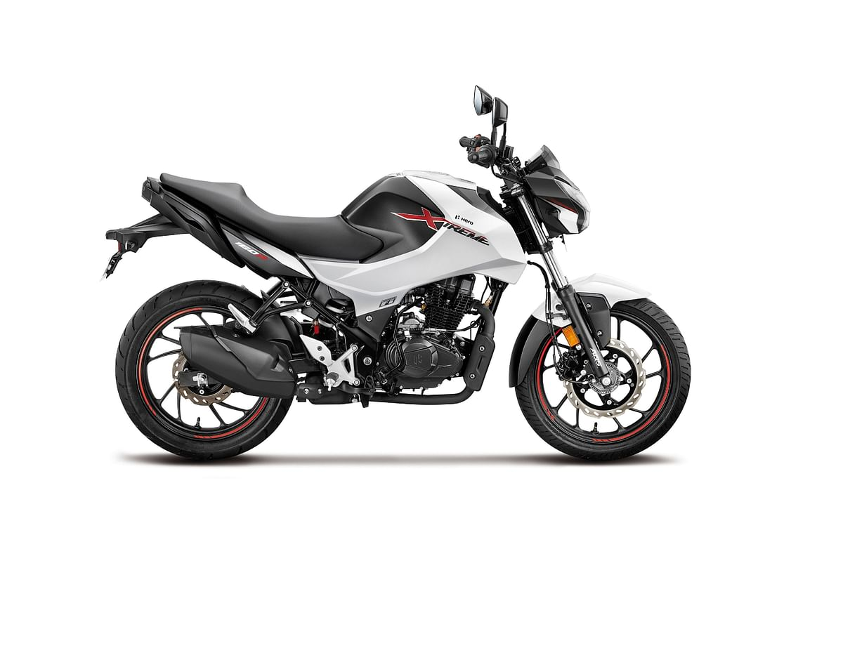 The Xtreme 160R looks like a younger, sharper version of the Xtreme 200R