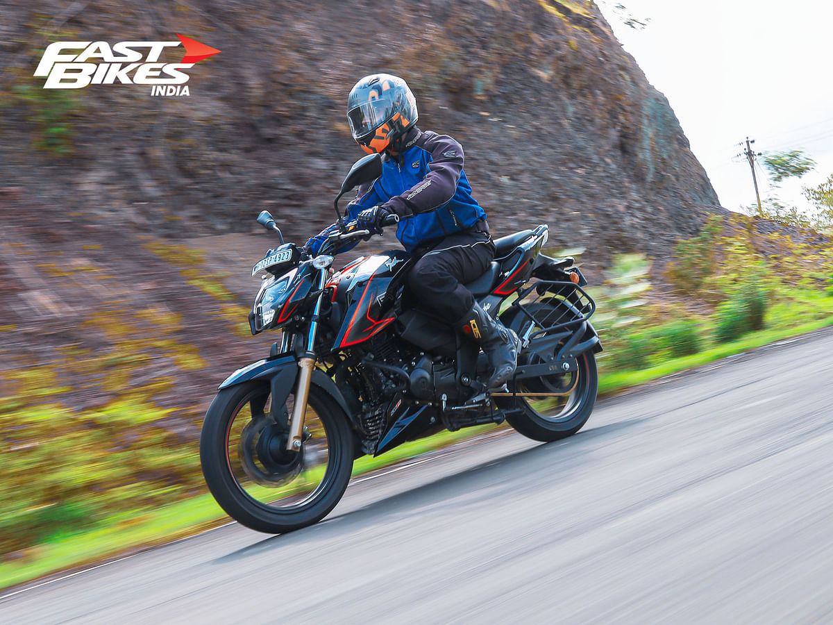 TVS Apache RTR 200 4V BS6 is happy to roll at high speeds!