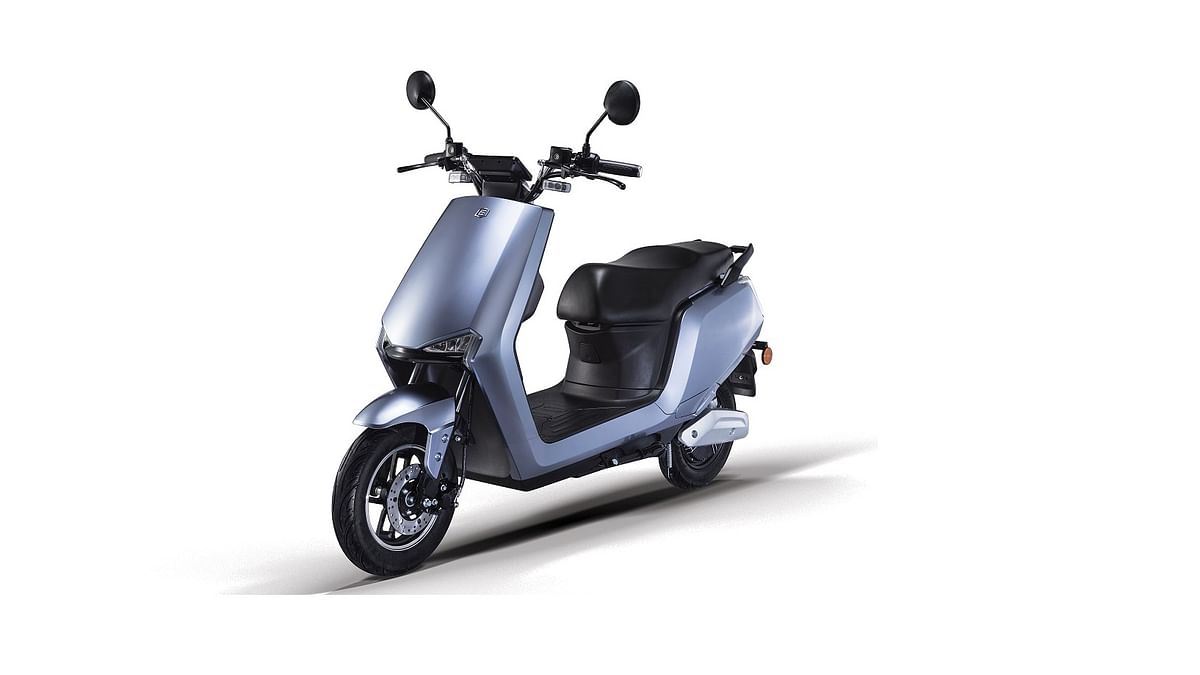 Both scooters come with riding modes and a raft of user-friendly features
