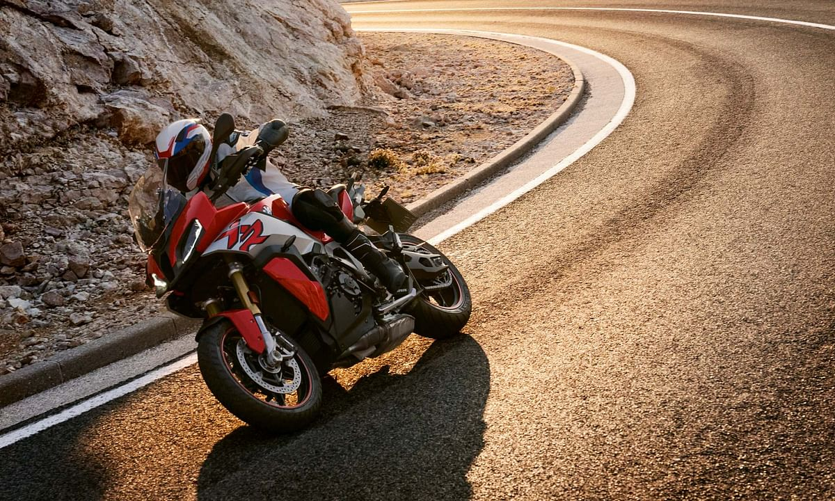 BMW S 1000 XR launched at Rs 20.9 lakh