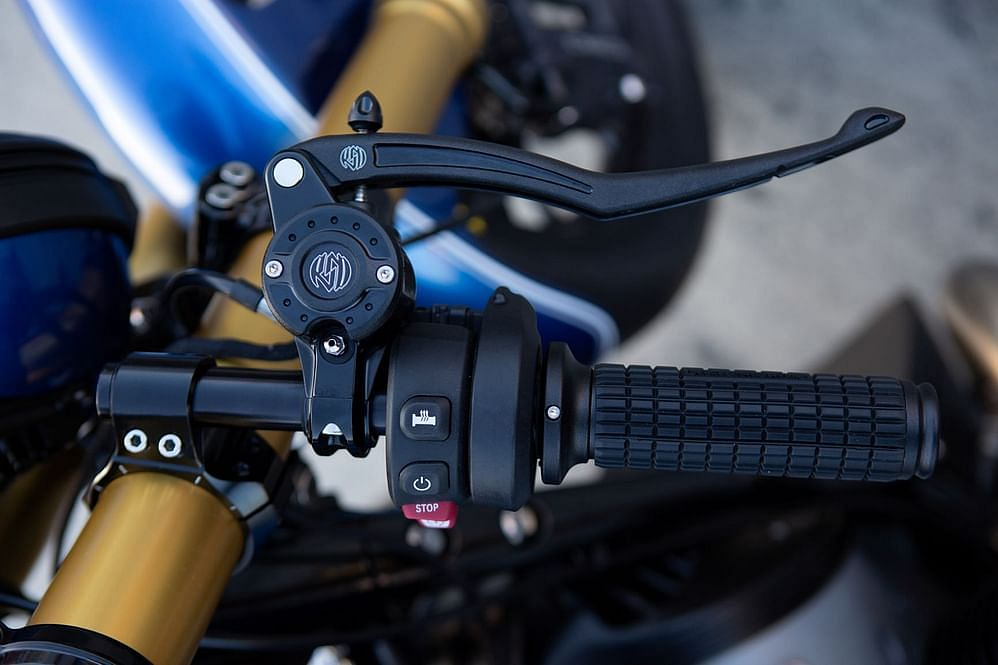 The custom hydraulic braking setup on the R18 Dragster