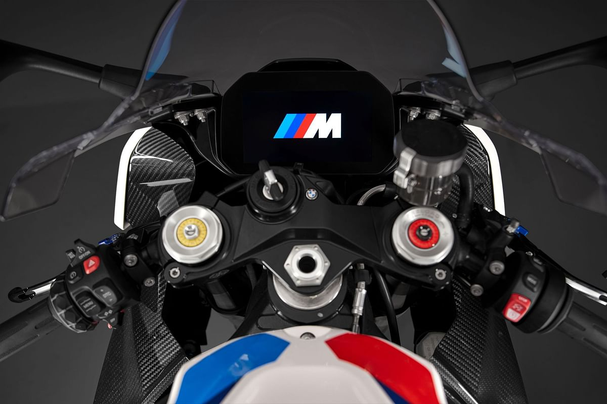 The M 1000 RR will sport the same 6.5-inch TFT display seen on the S 1000 RR
