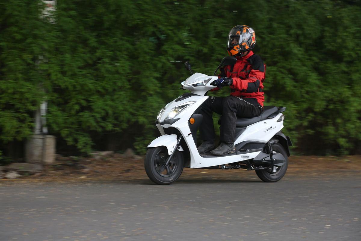 E-scooter shootout – Ampere Magnus Pro vs BGauss B8 vs Omjay Eeve Xeniaa