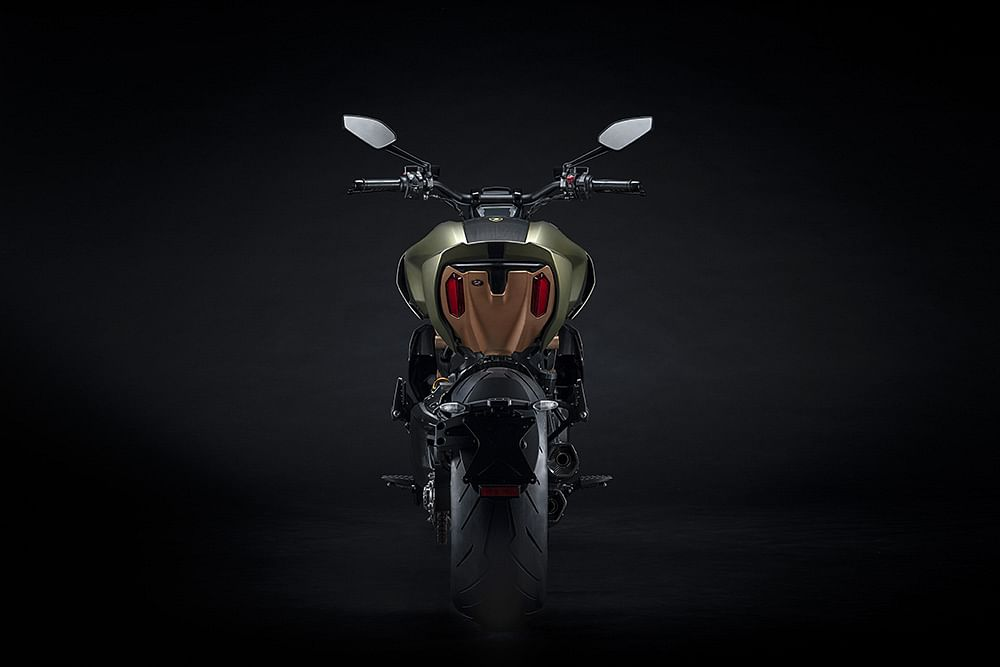 The Diavel 1260 Lamborghini edition will be available in limited number of 630 units worldwide